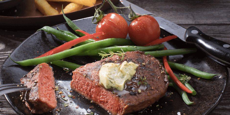 ماذا يحصل لجسمك إذا أكلت اللحم كل يوم؟