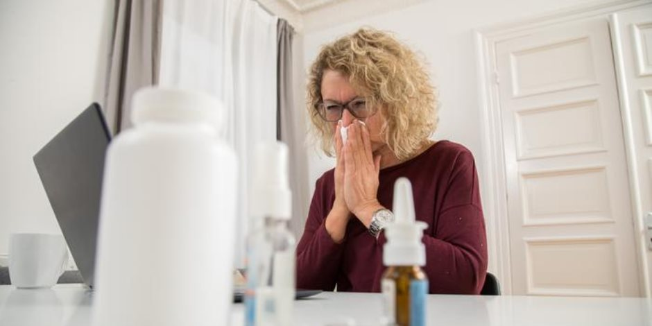 دراسة حديثة: ثلث المتعافين يصابون بأعراض كورونا طويلة الأمد