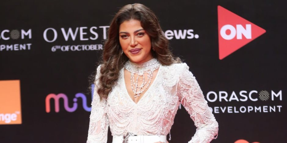 ريهام حجاج تتألق بفستان من تصميم المصمم العالمي زهير مراد