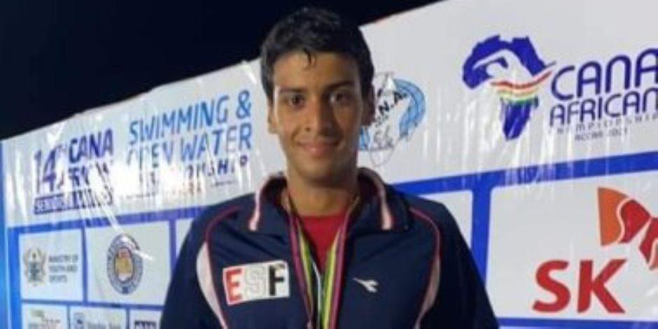 """""""ابن مصر"""" محمد هانى يحرز الميدالية الذهبية لسباق 100 متر فى بطولة إفريقيا للسباحة"""