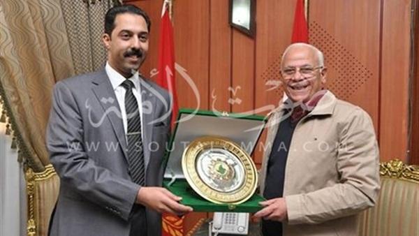 محافظ بورسعيد يلتقي مسؤولي شركة «بتروتريد»