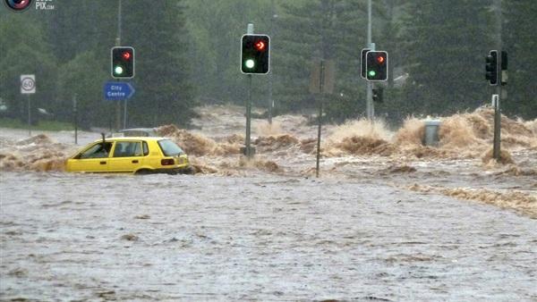 إخلاء سكان ولاية كاليفورنيا.. وتوقعات بحدوث فيضان