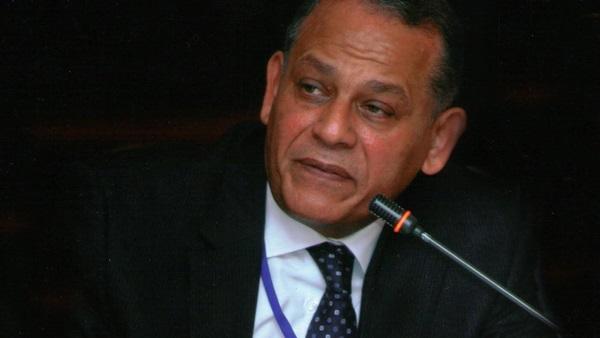 رسميا.. البرلمان يسقط عضوية «السادات»