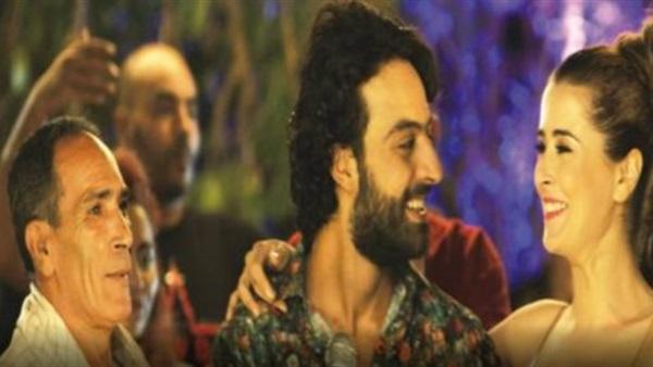 «عائشة»: فيلم «عزيز روحو» يعبر عن معاناة المرأة التونسية