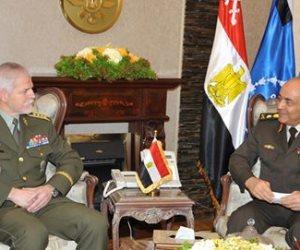 محمود حجازى يلتقى رئيس اللجنة العسكرية بـ«الناتو» لبحث أوضاع المنطقة