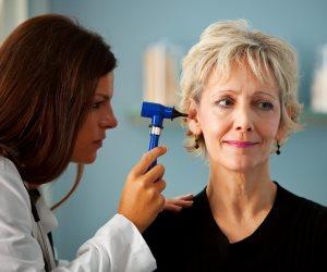 اطمن على نفسك.. متى يجب إجراء اختبارات السمع للبالغين؟