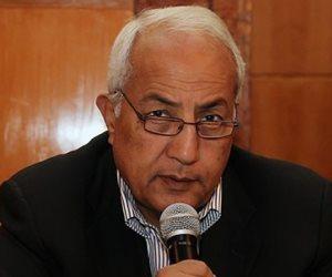 """مصادر قانونية: ضبط """"سيف"""" صفوان ثابت وإحالته للتحقيق بتهمة دعم الكيانات الإرهابية"""