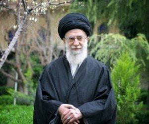 العلم VS السياسة.. معركة في طهران بسبب كورونا: لمن النصر؟