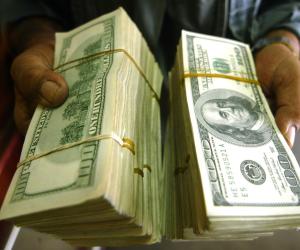 سعر الدولار اليوم الجمعة 13-10 -2017 والعملة الأمريكية تواصل استقرارها