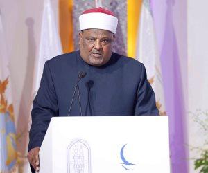 عباس شومان في «يوم اليتيم»: يجب ألا نتركهم «لقمة سائغة» للإرهابيين