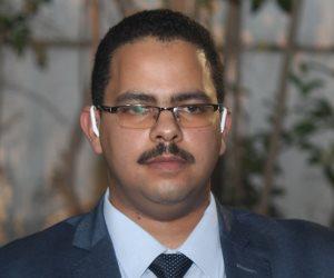 رئيس حزب مستقبل وطن وأمين عام مجلس النواب يقدمان واجب العزاء لوكيل البرلمان