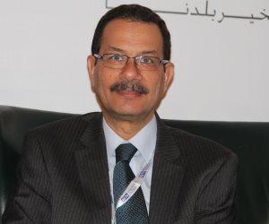 أحمد درويش.. أحد أسباب خسائر المنطقة الاقتصادية بقناة السويس