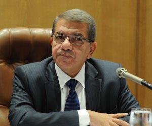 عمرو الجارحي: الاستراتيجية المالية تسعى لتحقيق معدلات نمو تصل إلى 7%