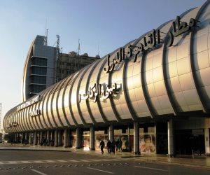 مصر للطيران تسير اليوم 27 رحلة دولية لنقل 3100 راكب