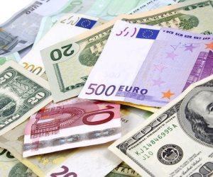 القبض علي عامل لتجارته في العملات الأجنبية بسوهاج