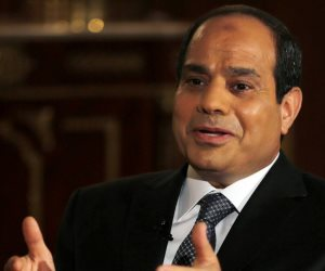 """الرئيس السيسي يلغي قرار سابق لـ""""مبارك"""" بشأن شبكات المياه بالمدن الجديدة"""