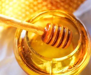 «البطيخ والعسل».. علاجات طبيعية لمكافحة الاكتئاب
