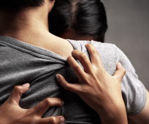حكايات من حياة مدمني العلاقات.. «دبلة الموت.. هوس الجنس.. خدامة صاحبتها»