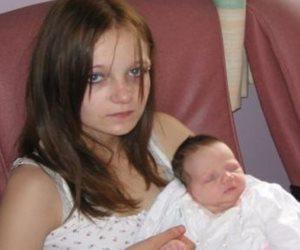 """""""أمانى"""" طفلة أنجبت ولدا بالصدفة.. تخلى عنها الجميع وأنقذها شباب """"رسالة"""""""