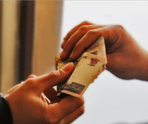 تفاصيل ضبط موظفين بقطاع آثار غرب القاهرة بتهمة تلقى رشوة