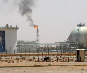 """لحين استعادة إنتاج """"أرامكو"""".. أسعار النفط تواصل خسائرها الفادحة"""