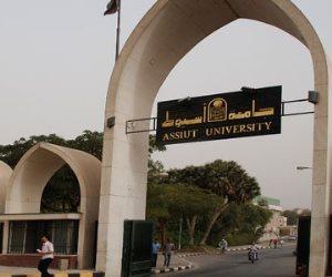 جامعة أسيوط تبدأ فعاليات الشهر العالمى للتوعية بأمراض السرطان عند الرجال