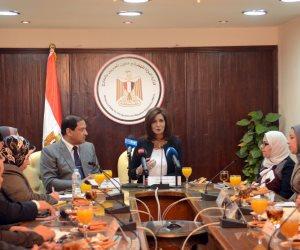 """وزيرة الهجرة: أسرة """"مريم"""" طلبت دفنها في مصر.. ولن نترك القضية"""