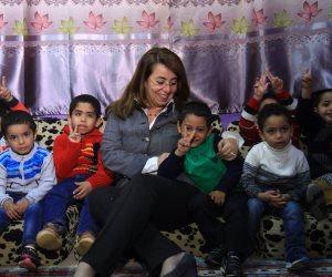 وزارة التضامن تصرف 1000 كرتونة مواد غذائية لأهالى قرية الروضة