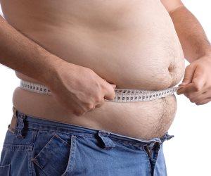 """كيف تنقص وزنك من غير جراحة؟..أستاذ """"مناظير و سمنة"""" يجيب"""