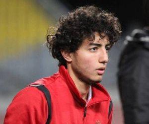 محمد هاني يقع في فخ كورونا.. مسحة للاطمئنان على لاعبي الأهلي قبل مباراة سيراميكا