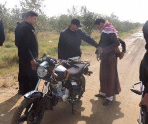 إخلاء سبيل نقيب شرطة متهم ببيع 14 دراجة بخارية لمسجل خطر بقنا