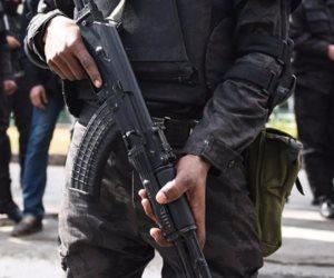 ضبط 23 قطعة سلاح و39 متهما وتنفيذ 6030 حكما وإزالة 27 منزلا مخالفا بحملة أمنية بسوهاج