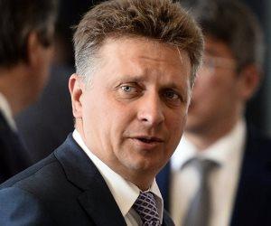 وزير النقل الروسي: خطوة واحدة متبقية قبل استئناف الرحلات إلى مصر