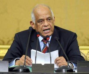عبد العال يطالب النواب بسرعة إصدار قانون الاستثمار