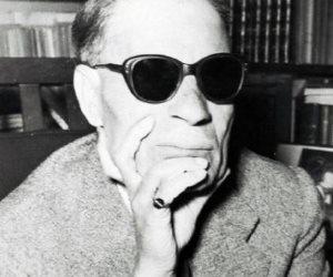 في ذكرى مولده.. 4 محطات هامة في حياة عميد الأدب العربي
