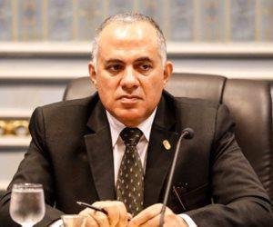 وزير الري يناقش تعاون مصر مع منظمة عالمية لإدارة الفيضانات والجفاف