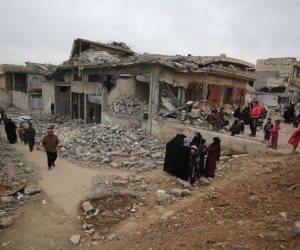 """إنقاذ وانتشال جثث أطفال عناصر """"داعش"""" من تحت أنقاض الموصل"""