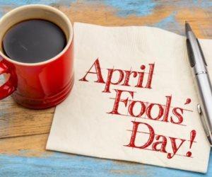 يوم اليتيم أولى.. كذبة أبريل «الساخرة» حرام عند الأزهر والإفتاء
