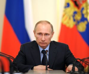 «الرئاسة الروسي» : بوتين يجتمع مع رئيس الفيفا غدا