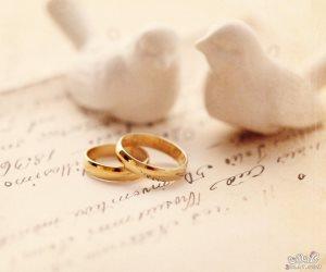 """حكاية رحلة """"دبلة العروسين"""" من اليد اليمنى إلى اليسرى"""