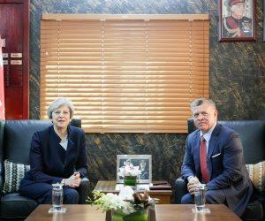 العاهل الأردني ورئيسة الوزراء البريطانية يبحثان جهود محاربـة الإرهـاب