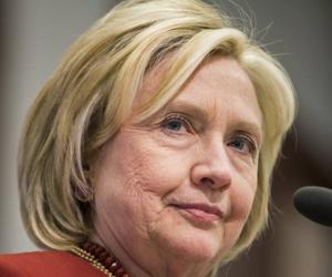 """تسريبات هيلاري.. رأس الشيطان """"خيرت الشاطر"""" رئيس قناة إخوانية بتمويل قطري"""