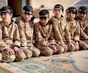 إضافة إلى الكتائب النسائية.. الأطفال سلاح داعش الأخير لمواجهة السقوط