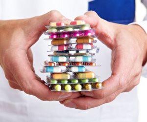 رئيس هيئة الرقابة على المستحضرات الحيوية: التعويم كان سببا في نقص بعض الأدوية بالأسواق