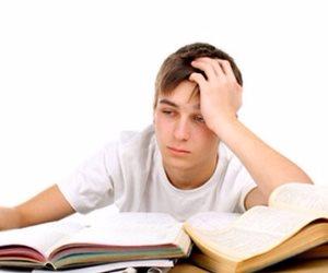 مش محتاج وحش الكيمياء أو عملاق الرياضة.. ركز على كتب المدرسة والمراجعات النهائية