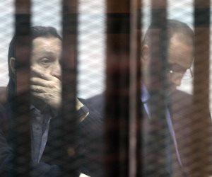 """القبض على علاء وجمال مبارك وحسن هيكل في """"التلاعب بالبورصة"""".. والتأجيل لـ20 أكتوبر"""