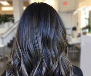 مفاجأة غريبة.. طريقة رائعة لجمال الشعر بماء الورد