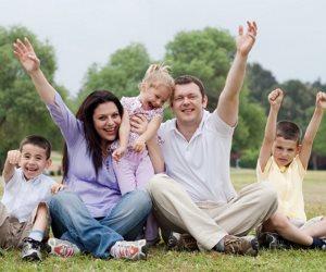 5 قواعد أساسية تساعدك فى تربية الأطفال.. أبرزها القراءة من الصغر والعشاء العائلى