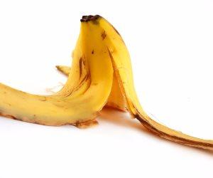 كيف يستخدم قشر الموز للعناية بالبشرة؟.. ترطيب وتفتيح وفوائد أخرى