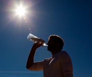 الأرصاد: طقس الإثنين شديد الحرارة على الوجه البحري.. والعظمى بالقاهرة 36 درجة